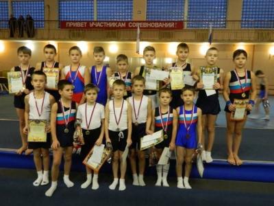 Сборная команда «ДЮСШ» г.Волхова по спортивной гимнастике